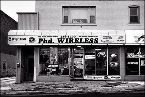 phd wireless shop  wells street fort wayne photograph