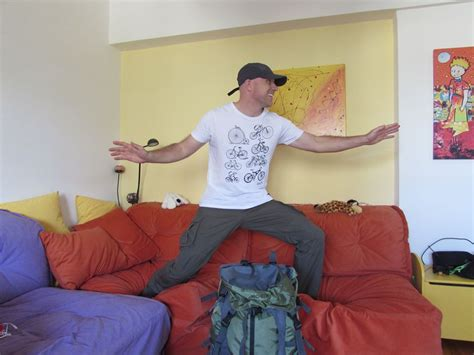 Couchsurfing  Travel Like A Local On Your Gap Year