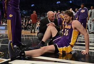 Lakers' Gasol tears plantar fascia of right foot during ...