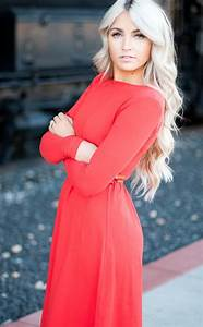 CARA LOREN I Love The Color Of The Dress And Her Hair