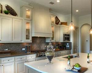 Vent Hood - Shaker - Burrows Cabinets - central Texas
