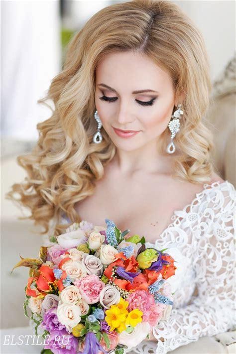 Style Ideas: 20 Modern Bridal Hairstyles for Long Hair