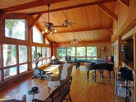 Beautiful Kitchen Decorating Ideas - lakefront bargain hunt hgtv
