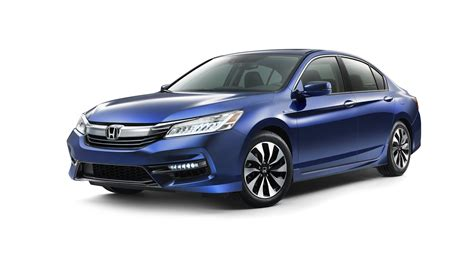 2017 Honda Accord Hybrid Tops Segment With 49 Mpg City