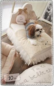 12 beautiful dog beds that will instantly enhance your for Pet trendy dog beds