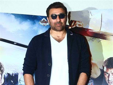 Sunny Deol To Star In Rajamouli's Mera Bharat Mahan