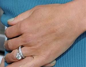 Kelly ripa engagement ring price buy me a rock for Kelly ripa wedding ring