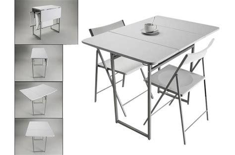 livre de cuisine plancha table pliante et 2 chaises blanches en bois kingston