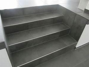 Treppe Fliesen Mit Schiene Anleitung : treppe fliesen edelstahlschienen stair in 2019 tile ~ A.2002-acura-tl-radio.info Haus und Dekorationen