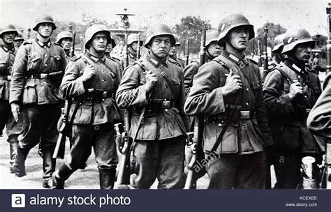 German Soldiers Ww2 Stock Photos & German Soldiers Ww2