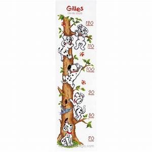 toise chambre d39enfant 101 dalmatiens disney a broder With affiche chambre bébé avec tapis de fleurs pour le dos avis