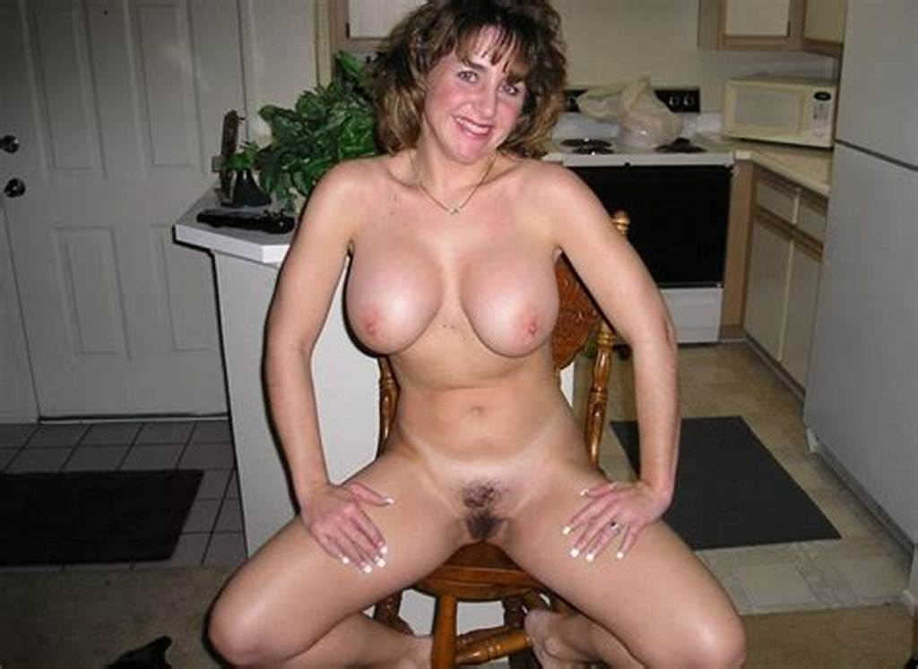 #Cheerful #Smiling #Mom #Showing #Her #Great #Body