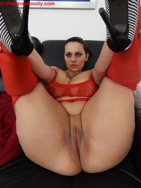 German Pawg Samantha In Sexy Red Stockings More On Dreamsofbooty Clips4sale Store 21116