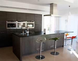 vivre lamenagement de son interieur vitrines de venelles With meuble de cuisine ilot central 8 ilot central cuisine industriel belle cuisine nous a