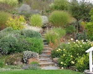 les 25 meilleures idees de la categorie talus sur With superb amenager jardin en pente 9 amenagement terrasse et jardin photo meilleures images d