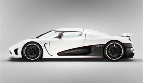 koenigsegg agera r top speed 2011 koenigsegg agera r car review top speed