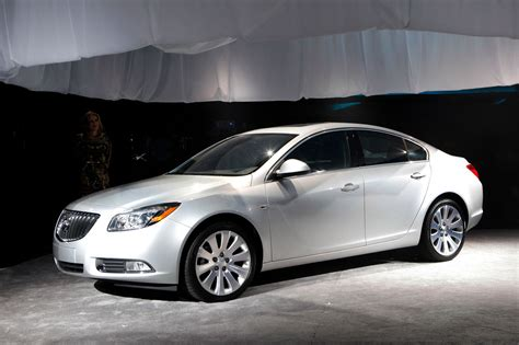 Buick Sedan by New Buick Regal Sedan To Be Built In Canada From 2011