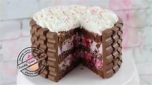 Kinderschokolade Torte mit einer Frischkäse Beerenfüllung