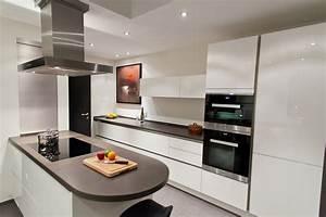 Küche Weiss Modern : k chenzeile modern hochglanz ~ Sanjose-hotels-ca.com Haus und Dekorationen