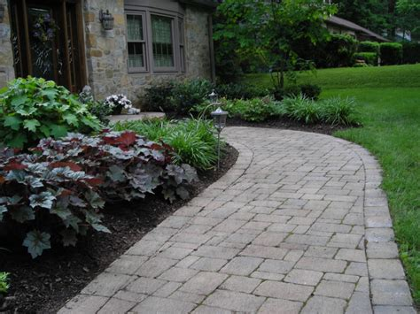 front sidewalk landscaping front walkway landscaping ideas pictures pdf