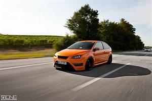 Ford Focus St Mk2 Electric Orange