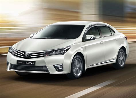 All Toyota Cars Will Get Airbags In India