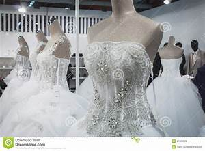 wedding dresses on display at si39 sposaitalia in milan With wedding dress display
