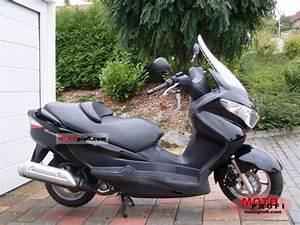 Scooter 125 Burgman : 2010 suzuki burgman 125 g moto zombdrive com ~ Gottalentnigeria.com Avis de Voitures