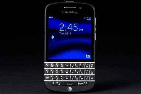 blackberry  sales dismal digital trends