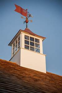 Photo page hgtv for Cupola with weathervane