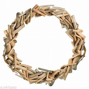 Faire Une Couronne De Noel : fabriquer une couronne de no l en bois flott id es et conseils no l ~ Preciouscoupons.com Idées de Décoration