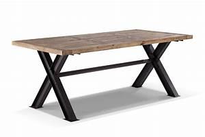 Table de salle a manger industrielle en metal et bois for Table salle à manger industrielle
