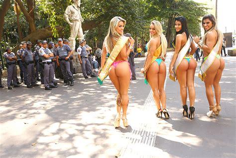 Победители miss bumbum brazil 2014 года