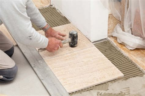 how to install ceramic tile floor in kitchen laying a ceramic tile floor 9761