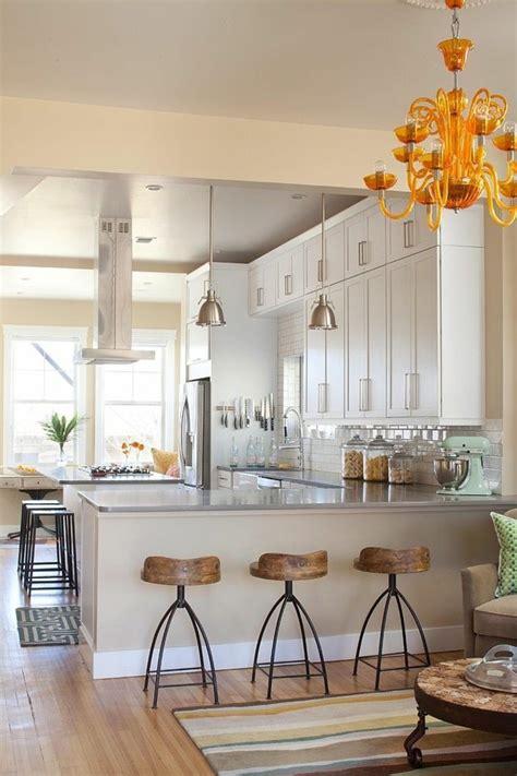 suspension bar cuisine quelques exemples de joli aménagement de cuisine ouverte