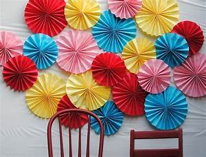 Paper Fans: 35 How To's Guide Patterns