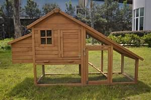 Wooden Hen House Chicken Coop