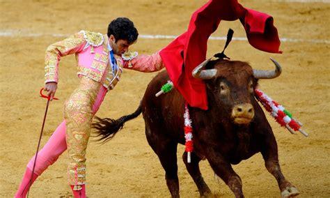 Spain Brings Back Live Bull