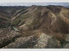 In visit to landslide area, UN officials flag need for
