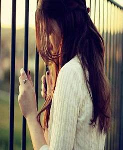 Sad and Lonely Girl Facebook Profile Pictures - Sweet Sad ...