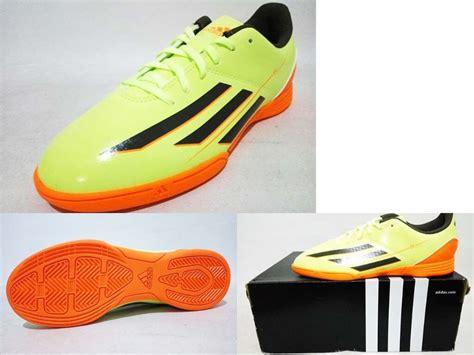 sepatu futsal adidas 39 43 9 jual harga sepatu futsal nike original baru sepatu