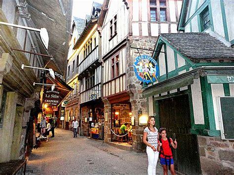 chambres d hotes a honfleur tourisme guide touristique mont michel