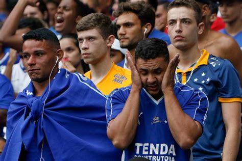 Cruzeiro é rebaixado à Série B do Brasileiro pela primeira ...