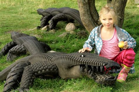 alligators    tires  images upcycle
