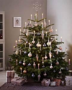Weihnachtsbaum Geschmückt Modern : festlich wir dekorieren den christbaum romantisch charakter und klassisch ~ A.2002-acura-tl-radio.info Haus und Dekorationen