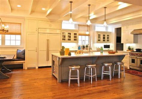 cuisine ilot central bar ilot central cuisine avec table intégrée deco maison moderne