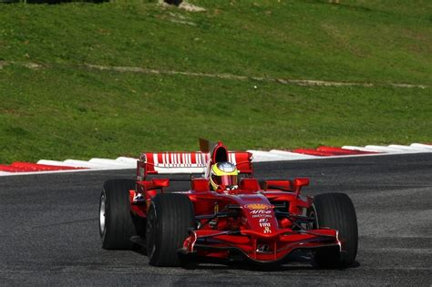Discover the technical details and info about the f10. Test Ferrari F2008 Italian F3 Drivers Vallelunga 2010 - Foto 118/138