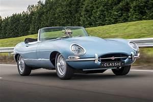 Jaguar Tipe E : a new meaning to e type jaguar reveals electric classic by car magazine ~ Medecine-chirurgie-esthetiques.com Avis de Voitures