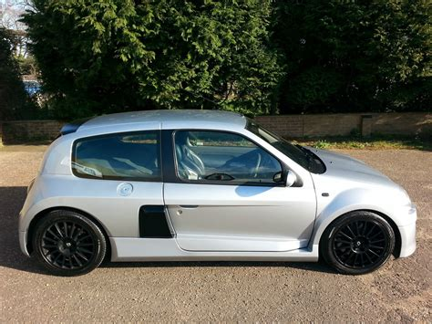 renault clio sport 2002 renault clio ii sport pictures information and
