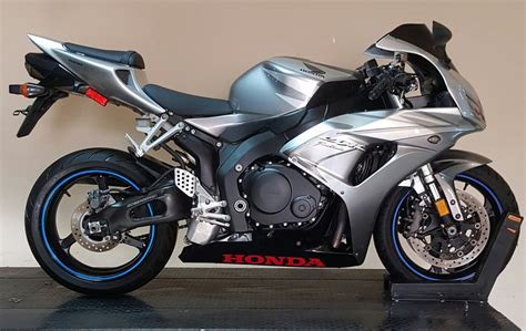 Autolist.com has been visited by 10k+ users in the past month سعر Bmw S1000rr في مصر 2020